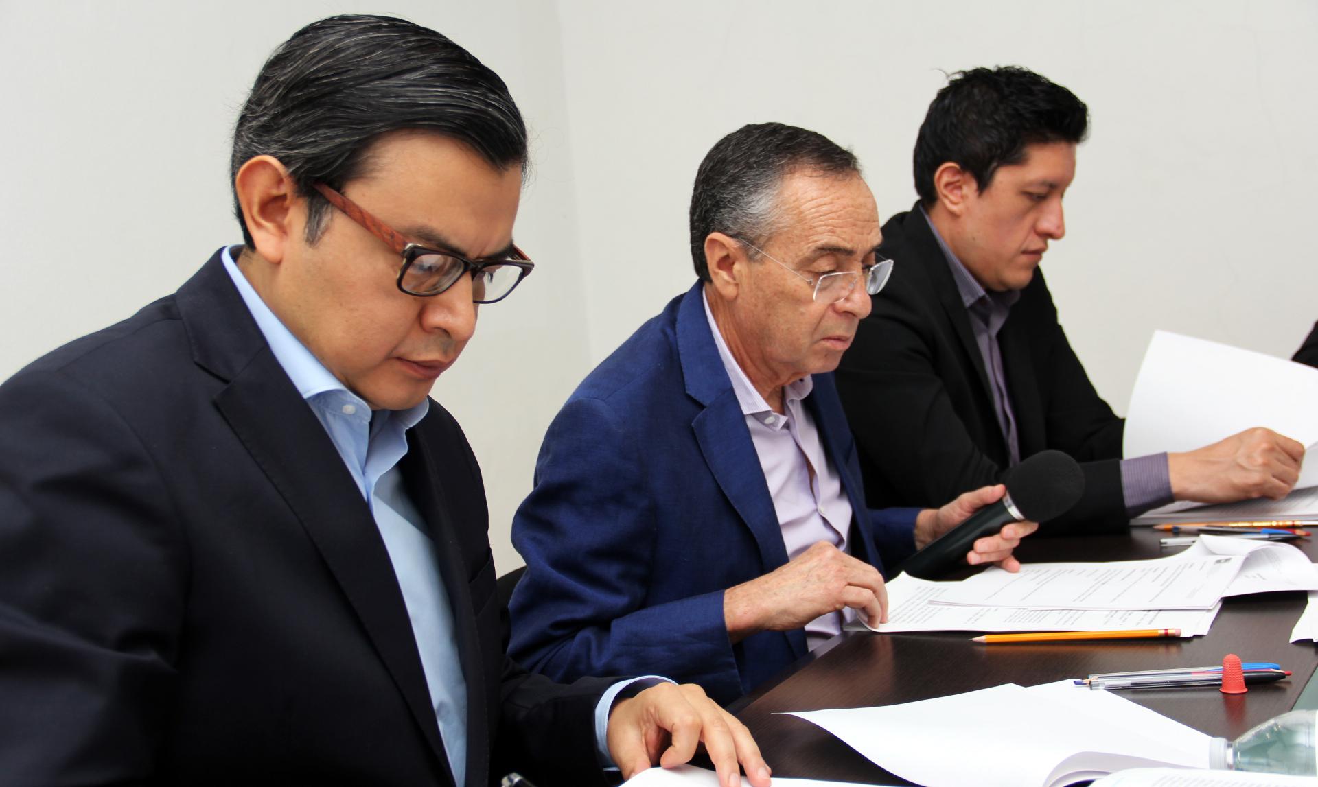 SSO DEBE INFORMAR SOBRE CONTRATOS DE SEGURIDAD PRIVADA, LIMPIEZA Y MANTENIMIENTO