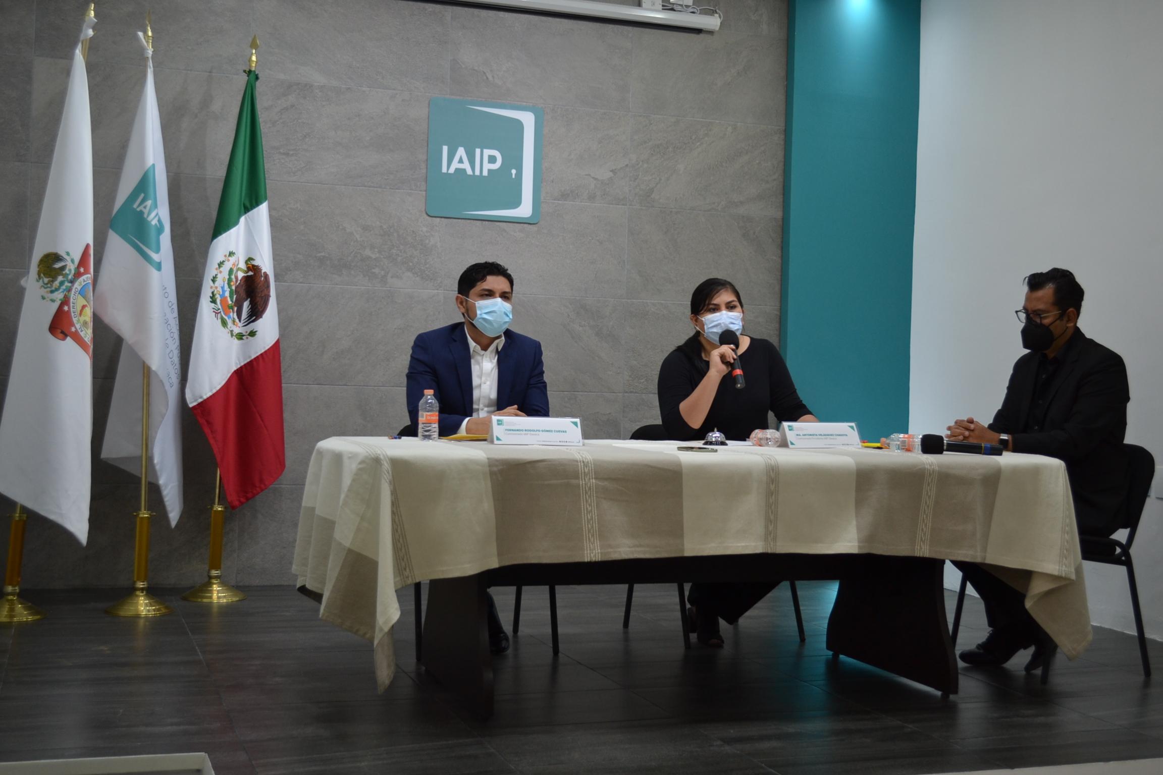RESUELVE CONSEJO GENERAL DEL IAIPO 25 RECURSOS DE REVISIÓN